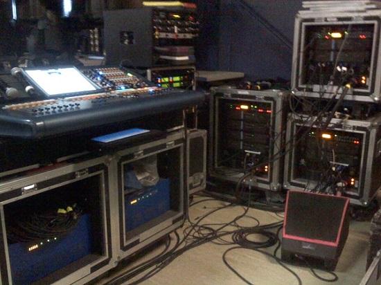 Bật mí mẹo hay giúp tiết kiệm dây tín hiệu âm thanh sân khấu